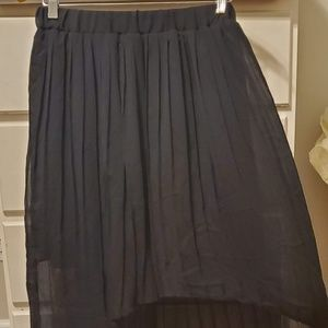 XHILARATION HI-LOW PLEATED SKIRT SUPER CUTE!!